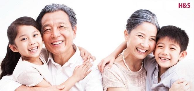 ประกันสุขภาพ พ่อแม่ ผู้สูงอายุ วันแม่ ของวัญวันแม่ วันพ่อแห่งชาติ ของขวัญวันพ่อ ทำประกันให้พ่อแม่ ประกันสูงอายุAIA